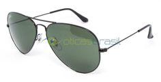 O óculos RB 3025 foi criado no ano de 1937 com o objetivo de proteger os olhos dos pilotos da Força Área dos EUA que sofriam muito com o sol. Utilizando toda a tecnologia de ponta e inovando o estilo dos óculos de sol para sempre. O óculos Aviador da Ray-Ban inovou e abriu muitas portas para novos estilos de óculos.  http://www.oticasbrasil.com.br/rayban-aviator-large-metal-rb-3025l-oculos-de-sol-1513136307/