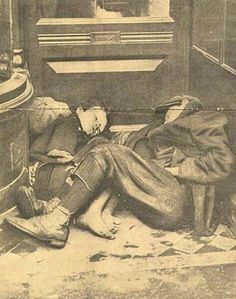 Photograph of two homeless boys sleeping in a shop doorway, By September nearly workers were locked out or on strike and workers and their families faced increased hardship. Old Pictures, Old Photos, Antique Photos, Old Irish, Irish People, Irish Culture, Dublin City, Historical Pictures, Dublin Ireland