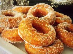 Si je dois vous conseiller une recette de beignets faciles au sucre c'est bien celle-ci. Une recette de beignets légers facile et moelleux, ah mais cette fois pas de recettes sans oeufs :)
