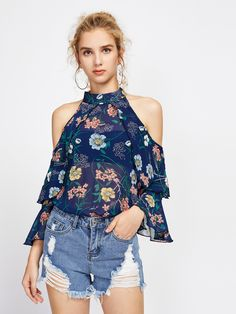 SheIn offers Random Foliage Print Open Shoulder Frill Layered Top & more to fit your fashionable needs. Dress Outfits, Casual Outfits, Cute Outfits, Prom Dresses, Fashion 2020, Look Fashion, Ankara Blouse, Look Con Short, Western Tops