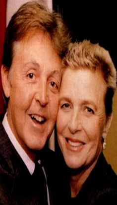 ONE OF THE LAST Known Photographs Of Paul McCartney And Linda Together