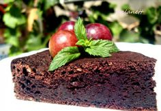 Lisztmentes csokis piskóta Paleo Dessert, Healthy Sweets, No Bake Cake, Low Carb Recipes, Plum, Food And Drink, Apple, Baking, Fruit