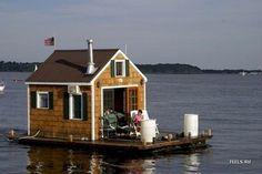Relaxshacks.com: TWELVE Terrific (and Tiny) Houseboats and Shantyboats- A photo gallery