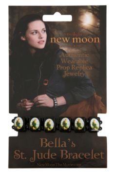 Jacob Black Twilight, Twilight New Moon, Twilight Movie, Twilight Saga, Twilight Outfits, Fandom Jewelry, Twilight Pictures, Bella Swan, Relationship Goals