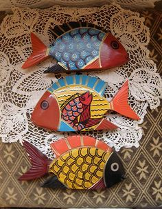Whimsical Vintage Hand Painted Folk Art Wooden Tropical Fish Figurines Set of 3