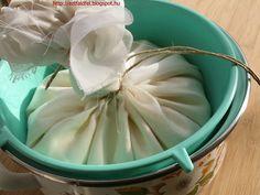 Ezt fald fel!: Vajkrém készítése házilag - joghurttal és tejszínnel Hungarian Recipes, Kefir, Icing, Recipies, Butter, Cheese, Homemade, Vegetables, Cooking