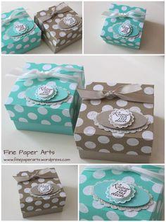 """Verpackung """"Pünktchen im Doppelpack"""" - mit Anleitung Diesmal habe ich zwei kleine, quadratische Schachteln kreiert, deren Deckel aus einem Blatt des Designerpapiers """"Frisch & Farbenfroh"""" gefert..."""