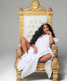 Watch The Throne Queen Porsha looks glowing & gorgeous. Maternity Dresses For Photoshoot, Glam Photoshoot, Cute Maternity Outfits, Photoshoot Themes, Maternity Pictures, Photoshoot Inspiration, Pregnancy Photos, Maternity Fashion, Maternity Style