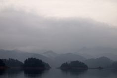 Diving Qiandao Lake to see the Lion City. The coldest dive with no visibility in beautiful surroundings. China.