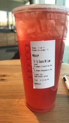 Starbucks Smoothie, Starbucks Flavors, Starbucks Tea, Healthy Starbucks Drinks, Starbucks Secret Menu Drinks, Smoothie Drinks, Yummy Drinks, Smoothies, Coffee Drink Recipes