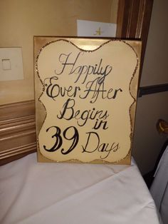 DIY - Happily Ever After sign