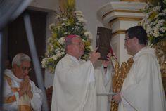 El Gobernador de Veracruz, Javier Duarte de Ochoa, asistió a la Ceremonia de Consagración del Estado de Veracruz, el 28 de abril de 2012, oficiada por el Excmo. Sr. Luis Felipe Gallardo Martín del Campo, Obispo de Veracruz.