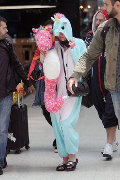 Miley Cyrus - Cosmopolitan.com