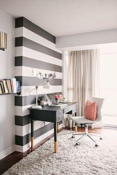 Bureau à domicile moderne- aménagement et décoration