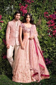 121 Indian Groom Wear Ideas for Unforgettable Memories - VIs-Wed Indian Bridal Lehenga, Indian Bridal Outfits, Indian Bridal Wear, Indian Dresses, Indian Wedding Clothes, Eid Outfits Pakistani, Mens Wedding Wear Indian, Indian Outfits Modern, Wedding Lehnga