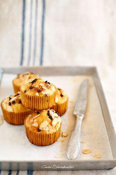 Muffins senza burro alle mandorle e gocce di cioccolato