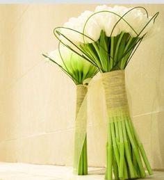 Buque de tulipas brancas.