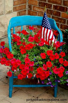 Stylish 41 Pretty Planter Design Ideas For Summer Porch To Looks Amazing 4th Of July Party, Fourth Of July, Summer Porch Decor, Chair Planter, Porch Decorating, Decorating Ideas, Decor Ideas, Summer Decorating, Diy Ideas