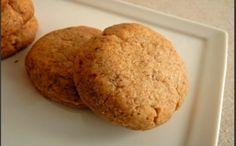 Απαιτούμενος χρόνος: 45 λεπτάΒαθμός δυσκολίας (από 1 - 5): 3 - ΜέτριαΥλικάΓια 50 κομμάτια1 πακέτο βούτυρο Κερκύρας1 κούπα ζάχαρη άχνη1 αυγόΧυμός από δύο πορτοκάλιαΜισό κουταλάκι του γλυκού σόδα μαγειρικής2 κουταλάκια του γλυκού μπέικιν πάουντερ250 γραμμάρια αλεύρι μαλακόΕκτέλεσηΧτυπάμε το βούτυρο με τη ζάχαρη για περίπου ένα τέταρτο.Προσθέτουμε το αυγό και το χυμό πορτοκαλιού που μέσα έχουμε διαλύσει τη σόδα.Προσθέτουμε το μπέικιν και το αλεύρι σιγά σιγά ώστε να γίνει μία μαλακή ζύμη που δεν…
