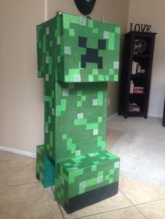 Custom Minecraft Creeper Piñata