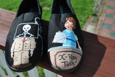 Hey, I found this really awesome Etsy listing at http://www.etsy.com/listing/153523412/heeeeyyyyy-x-ray-techs-here-are-a-pair