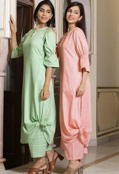 Beautiful draped dress Plain Kurti Designs, Choli Designs, Kurta Designs, Blouse Designs, Indian Bridal Wear, Indian Wear, Unique Dresses, Casual Dresses, Kurti Sleeves Design
