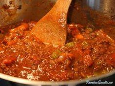 Aprende a preparar salsa bolognesa deliciosa con esta rica y fácil receta. Sin duda la salsa bolognesa es una de las salsas para pasta más utilizada de nuestra...