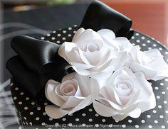 $Fleurs de Papier ~クラフトパンチや花紙で作る立体のお花いろいろ~-クラフトパンチで作るペーパーフラワー