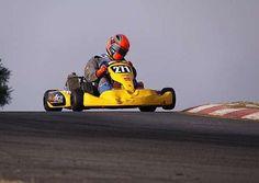 Kart Racing, Rc Hobbies, Karting, Tecno, Go Kart, F1, Fun Stuff, Cart, Cars