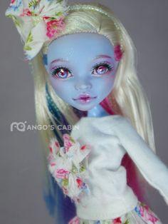 "Monster High Repaint Custom OOAK ""Angie"" by Mango's Cabin"