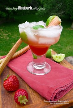 There are lots of contrasting flavors in this margarita. Strawberries, rhubarb, lime and tequila . Recipes Using Fruit, Herb Recipes, Punch Recipes, Drink Recipes, Mexican Cocktails, Easy Cocktails, Cocktail And Mocktail, Summertime Drinks, Special Recipes
