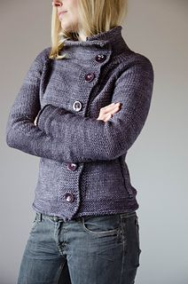 Golden Wheat Cardigan pattern by Veera Välimäki Crispy mornings, cold days and dark nights – no matter what autumn brings, this soft cardigan will keep you warm and happy. It's knitted from top down in one piece. Knit Cardigan Pattern, Sweater Knitting Patterns, Crochet Cardigan, Knit Or Crochet, Knitting Stitches, Knit Patterns, Knitting Ideas, Tricot D'art, Diy Kleidung
