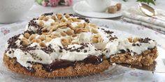 Bakelyst.no: En deilig variant av den populære snickerskaken. Salte peanøtter og søt sjokolade er en himmelsk kombinasjon!