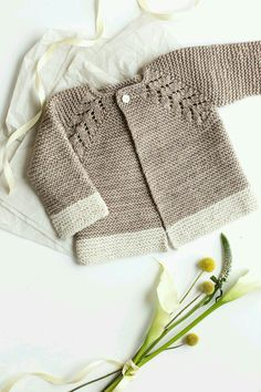 "diy_crafts- Baby Knitting Patterns Lovely Knit Top Down Cardigan Baby Sweater. ""Lovely Knit Top Down Cardigan Baby Sweater \""Lovely Knit Top Do Baby Sweater Patterns, Baby Cardigan Knitting Pattern, Knit Baby Sweaters, Knitted Baby Clothes, Baby Knits, Crochet Cardigan, Toddler Sweater, Crochet Clothes, Diy Clothes"