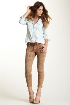 Great way to wear a printed pant