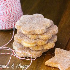 cookie salad This traditional treat, the official state cookie of New Mexico, is a holiday favorite! Xmas Cookies, Fun Cookies, Sugar Cookies, Anise Cookies, Buttery Cookies, Mexican Cookies, Mexican Wedding Cookies, Tamales, New Mexico Biscochitos Recipe