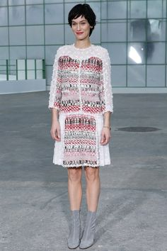 http://www.vogue.co.uk/fashion/spring-summer-2015/couture/chanel/front-row-photos/gallery/1323418