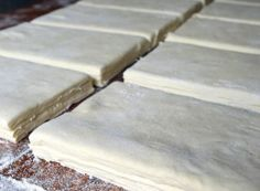 Basic recipe for grandma 's puff pastry NejRecept. Czech Recipes, Russian Recipes, Croissants, Decorating Tips, Baking Recipes, Great Recipes, Sweet Tooth, Food And Drink, Gluten