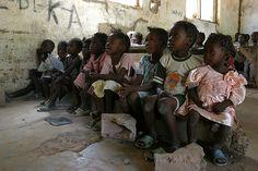 Children in a make-shift school 03 by hdptcar, via Flickr