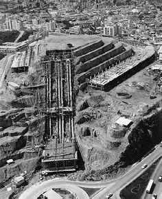 Construccion de el Helicoide 1957