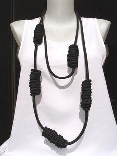 Kette knots schwarz  http://fantastique.dawanda.com