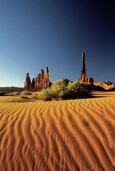 ✮ Ripples In The Sand, Monument Valley Tribal Park, Arizona