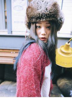 Purest girl ever Yu Aoi, Still Love Her, Korean Street Fashion, Woman Crush, Fashion Beauty, Hair Makeup, Winter Hats, Hair Color, Street Style