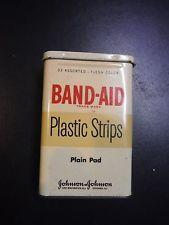VINTAGE BAND-AID PLASTIC STRIPS TIN -JOHNSON & JOHNSON PLAIN PAD