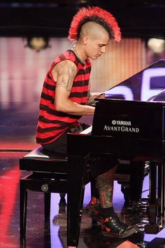Supertalent 2011 . Punk Jörg Perreten . touched my heart . playing piano: http://www.clipfish.de/special/supertalent/video/3655148/supertalent-2011-punker-joerg-am-klavier/ . story: http://www.clipfish.de/special/supertalent/video/3655146/punk-joerg-perreten-bei-das-supertalent/