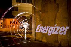 Erlebt die Nacht mit Energizer Lightpainting