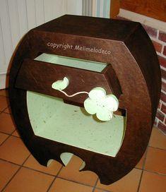 meuble en carton Cardboard Playhouse, Cardboard Paper, Cardboard Crafts, Diy Cardboard Furniture, Paper Furniture, Carton Diy, Cardboard Fireplace, Metal Fabrication, Paper Mache
