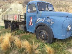 Roaring Meg, Mt Difficulty #nzwine Nice Cars, More Fun, New Zealand, Tractors, Classic Cars, Wheels, Trucks, Vehicles, Cool Cars