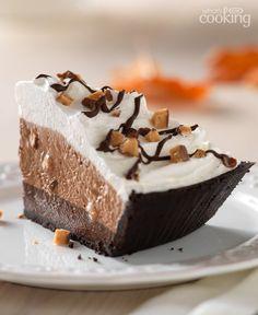 Fudge-Bottom Candy Crunch Pie #recipe