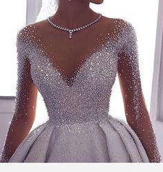 High fashioned ornate ball wedding dress with sleeves. Do & Source The post High fashioned ornate ball wedding dress with sleeves. Make & wedding dress # & appeared first on Wedding Dresses. Cute Prom Dresses, Ball Dresses, Elegant Dresses, Pretty Dresses, Bridal Dresses, Beautiful Dresses, Ball Gowns, Girls Dresses, Dresses Dresses